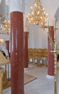 Close-up of completed installation of scagliola columns ( 3 / 3 )