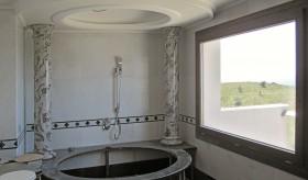 Scagliola columns in a hot tub